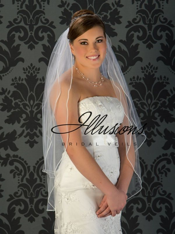 Illusions Bridal Soutache Edge Veil S5-362-ST: Pearl Accent, Fingertip Length