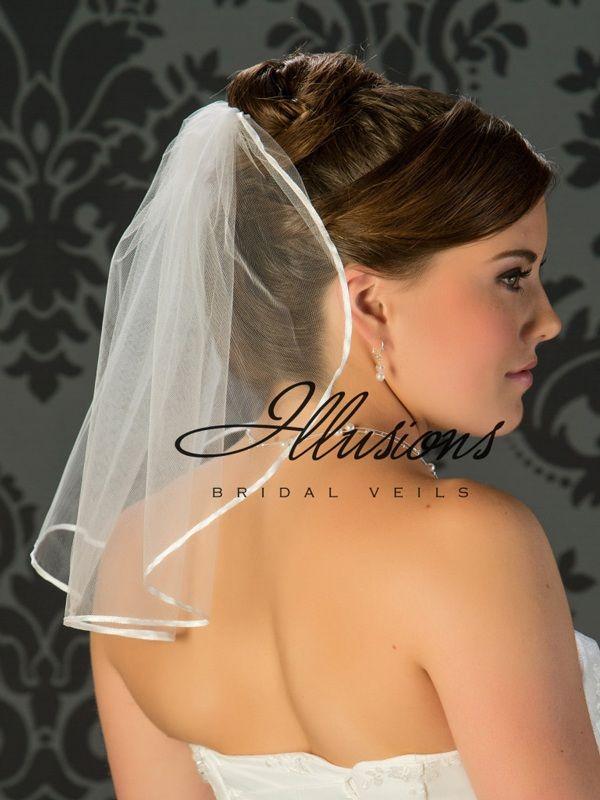 Illusions Bridal Ribbon Edge Wedding Veil 5-151-1R: Rhinestone Accent, flyaway
