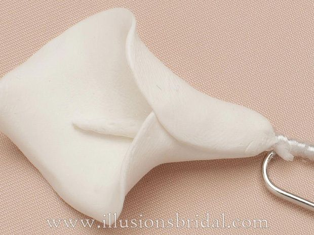Illusions Bridal Hair Accessories 3261: Off White