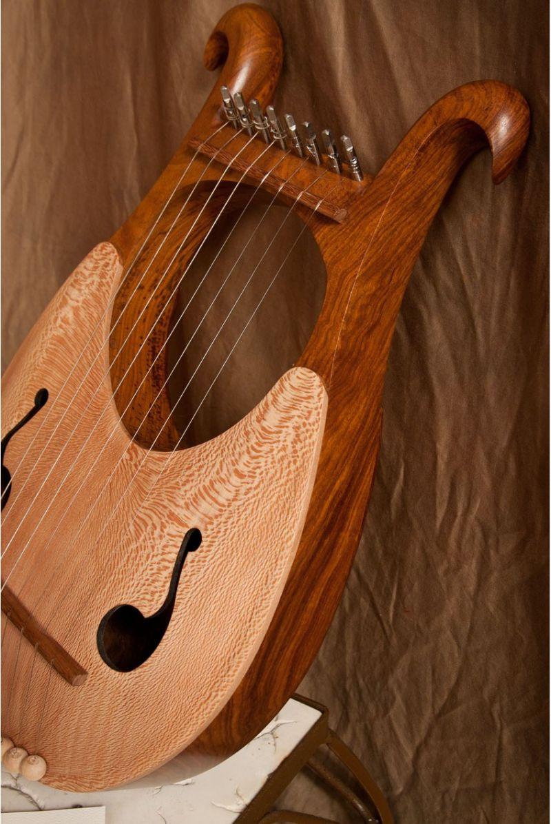 Mid-East Lyre Harp 8-String