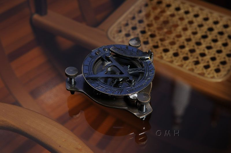 Sundial Compass In Wood Box (Small)