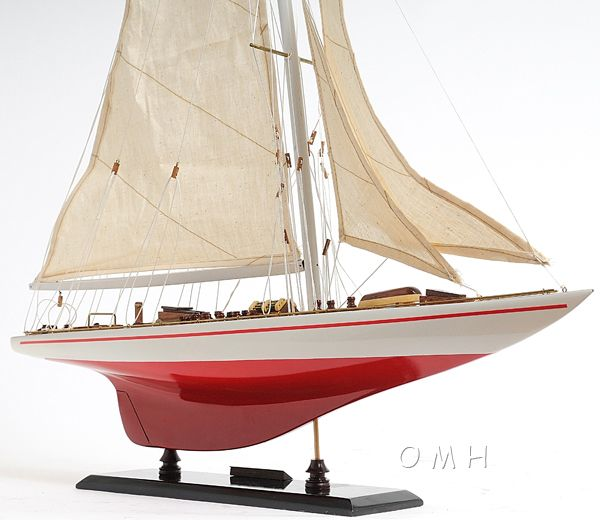 Endeavour Yacht Painted 24